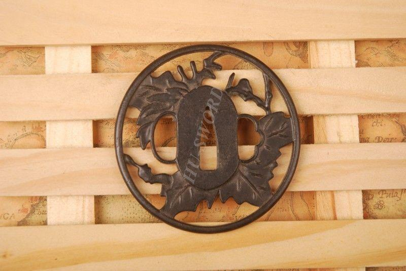 Iron Tsuba Hand Guard For Japanese Samurai Sword Knives Katana Wakizashi Ht046