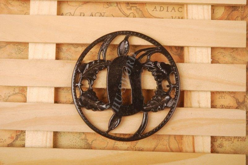 Iron Tsuba Hand Guard For Japanese Samurai Sword Knives Katana Wakizashi Ht064
