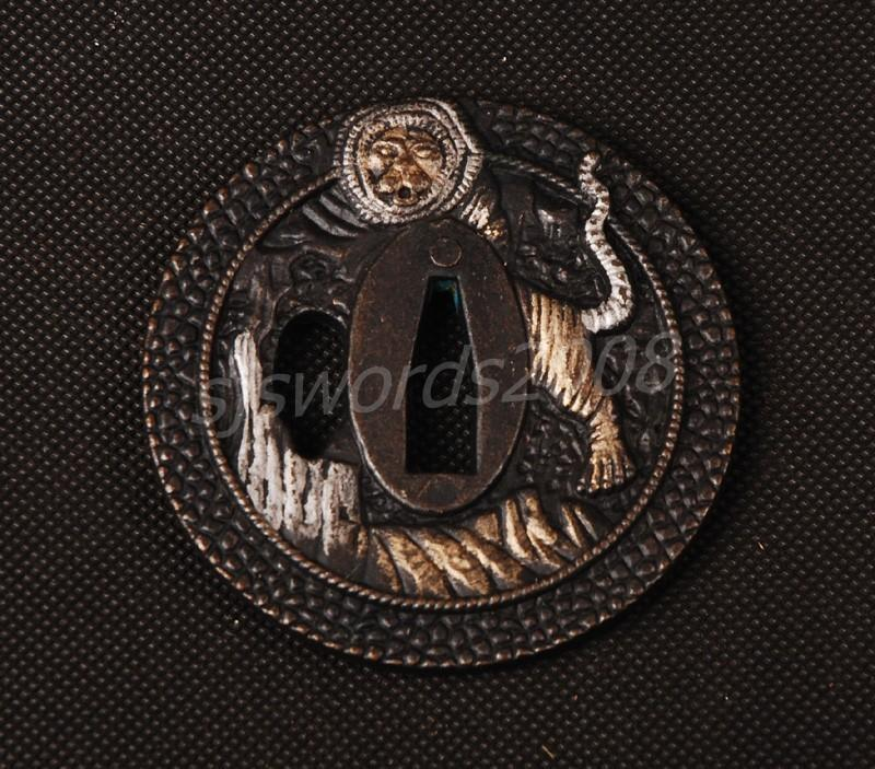 Lion Carved Tsuba Guard For Japanese Sword Katana Wakizashi Sj030