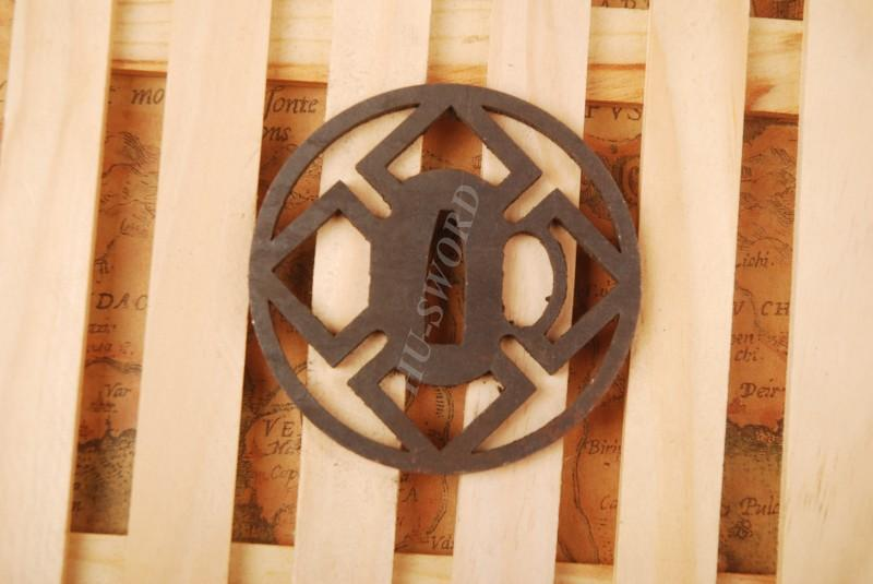 Iron Tsuba Hand Guard For Japanese Samurai Sword Knives Katana Wakizashi Ht021